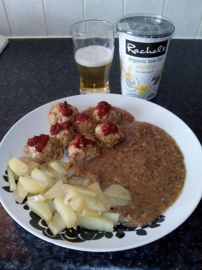 albondigas-de-pavo-con -guarnicion-de-salsa-shiitake